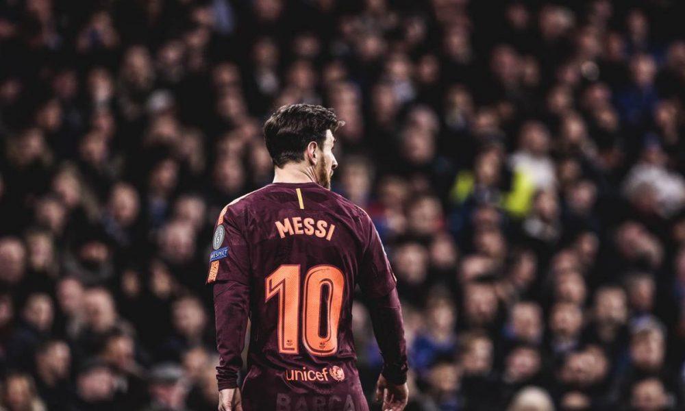 Messi, Barcelona.